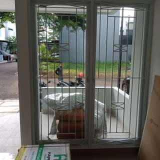 Tralis jendela rumah minimalis