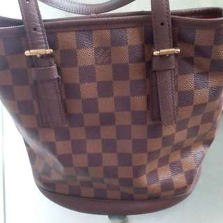 Lv authentic damier