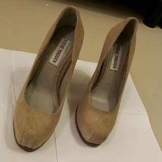 🚚 STEVE MADDEN 裸膚色麂皮粗跟高跟鞋