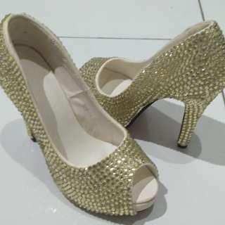 Sepatu Pesta Blink gold-putih