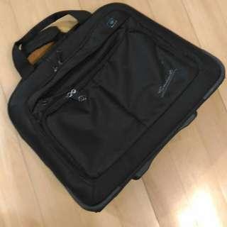 Eminent 旅行袋
