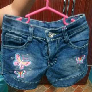 Maong short size 6