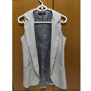 BN Vest in Light Grey and Inner Stripes