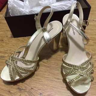 High heels gold sandals