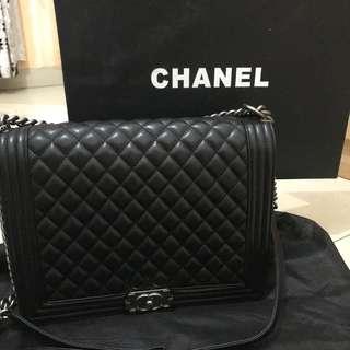 Chanel boy large