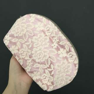 Lacey pouch