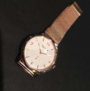 Agnes b 玫瑰金手錶