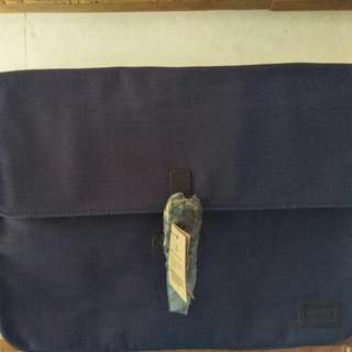 "Levis Laptop Bag 14 -15"" Original"