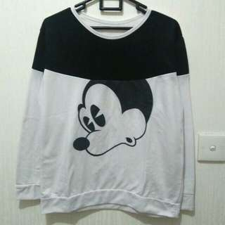 Sweater mickey