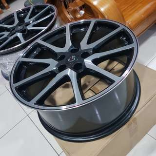 Rim for sell
