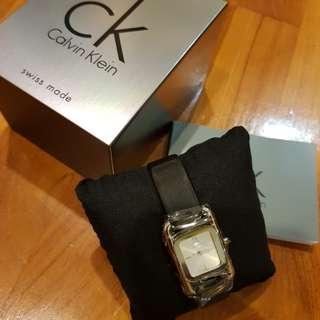 Calvin Klein Ladies Swiss-made watch BN