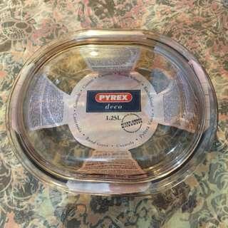 PYREX 可用焗烤箱,微波爐及冷藏