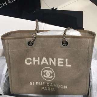 Chanel 帆布袋(100%新 / 杏色)