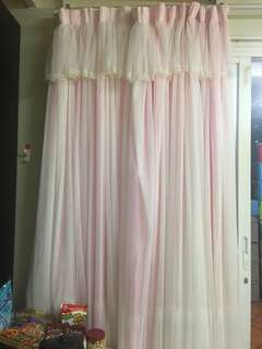 窗簾150元一副