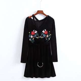 🔥Inspired Zara Ring Belt Velvet Long Sleeve Dress