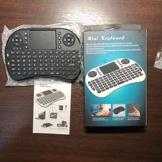 Wireless Mini Keyboard - with Touchpad (Airmouse)
