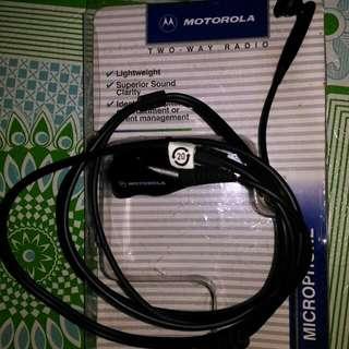 Motorola earbud microphone