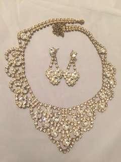 Elegant Crystal Earrings/Necklace Set