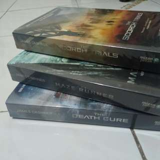 Novel Maze Runner Trilogy (Maze Runner, Scorch Trials, Death Cure)