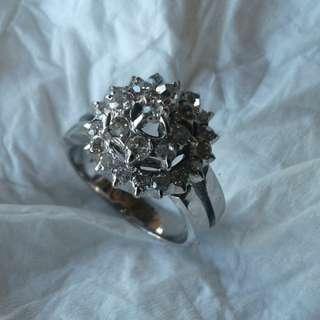 Cincin Emas Berlian