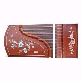 High end guzheng set promo at only $590, with free trial lesson.