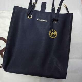 MK直身袋(連原裝防塵袋,可放比A4size clear folder)
