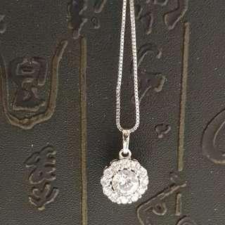 Chomel necklace