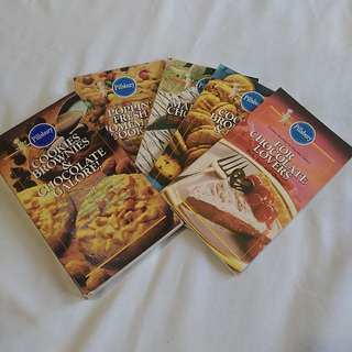 Pillsbury Dessert and Pastries Cookbooks Set of 4