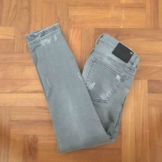 BN zara mid waisted grey ripped jeans