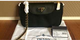 Ready stock 💯 Authentic Prada Tessuto Convetible Sling Bag
