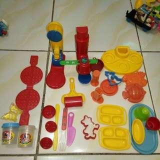 Mainan playdough