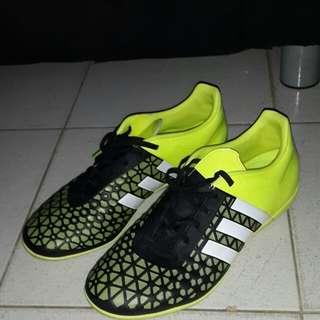 Sepatu futsal Adidas ACE 15.3 IN