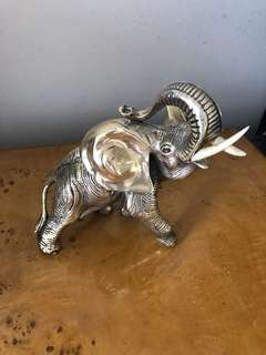 Silver elephant decoration negotiable