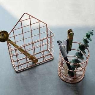 Nordic Copper Triangle Holder