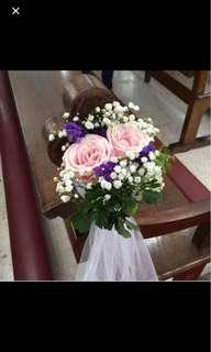 Church Wedding Decorations with Fresh Flower Bouquet / Church Pews