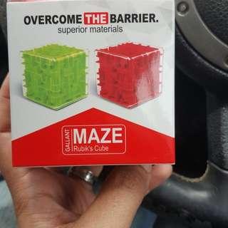 Rubik Cube Maze