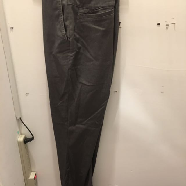 滑板 volcom 縮口褲 m號