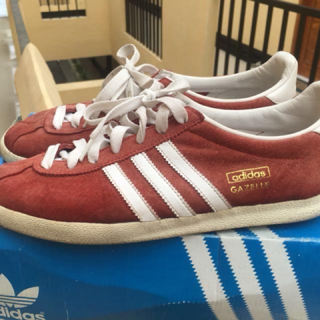 88edbe2c3f4 Adidas gazelle OG red