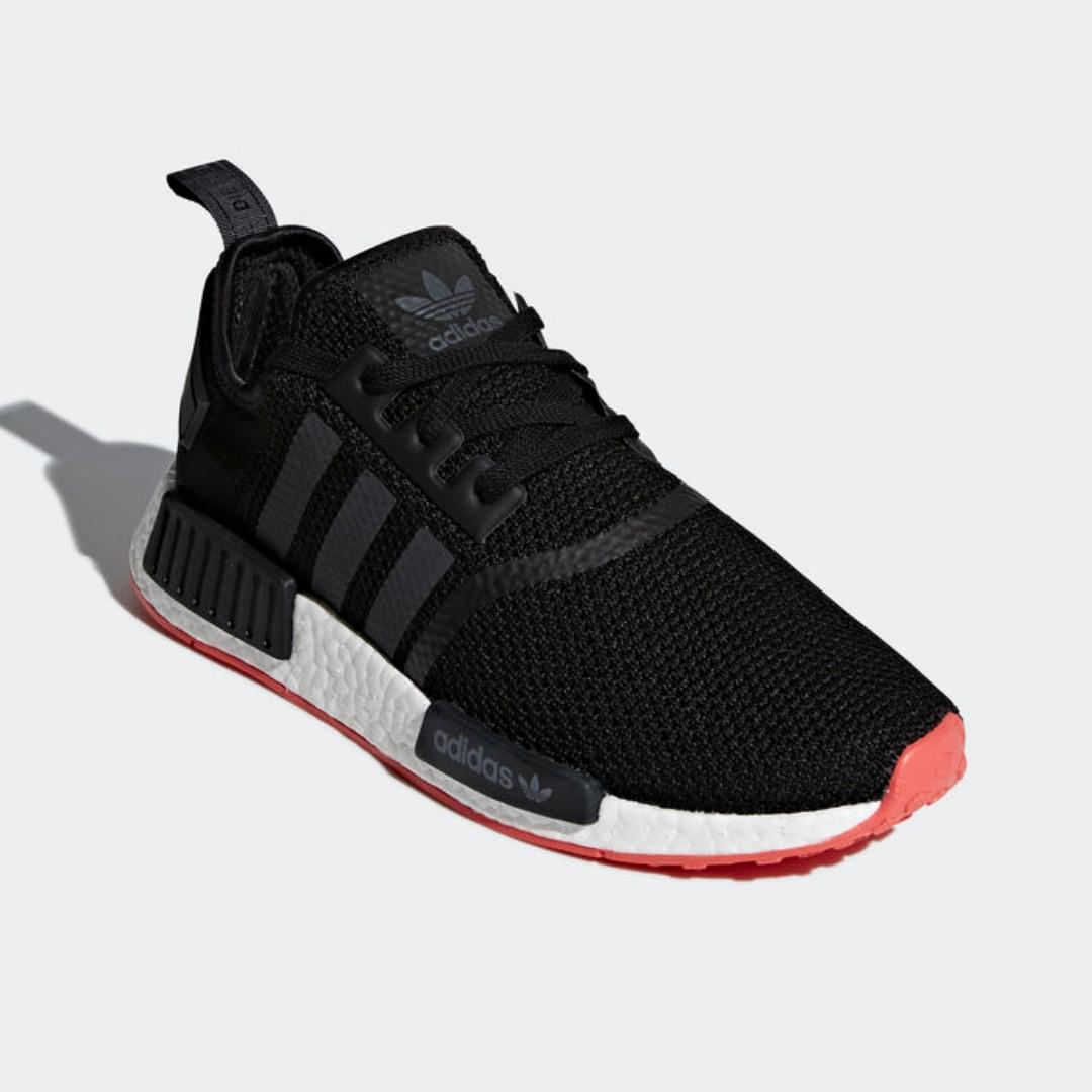 adidas nmd core black carbon