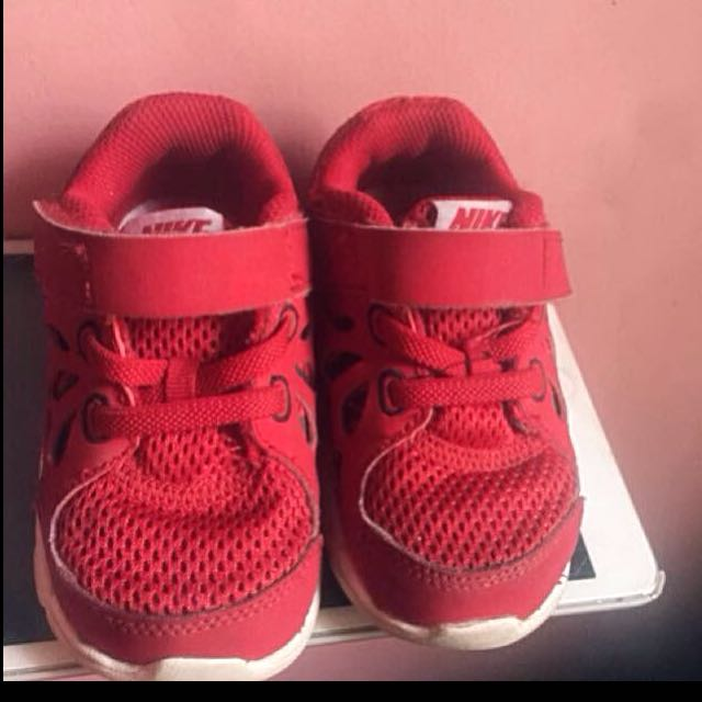 Authentic nike 6c FREE SF