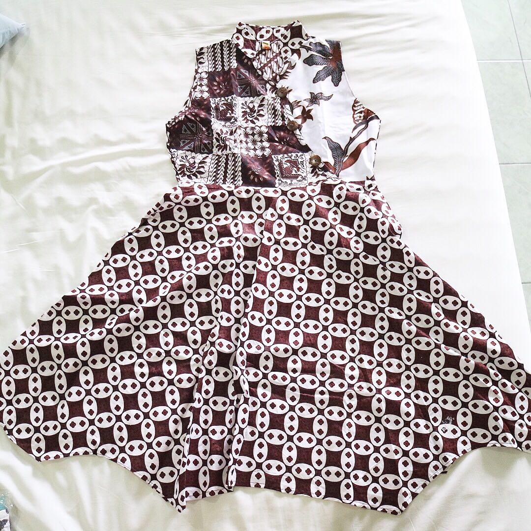 Dress batik (putih)