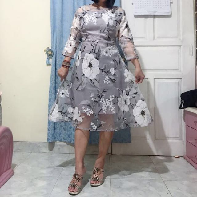 Dress tilee bunga bunga flower dress grey