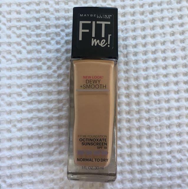 Fit me Foundation - 235 Pure Beige