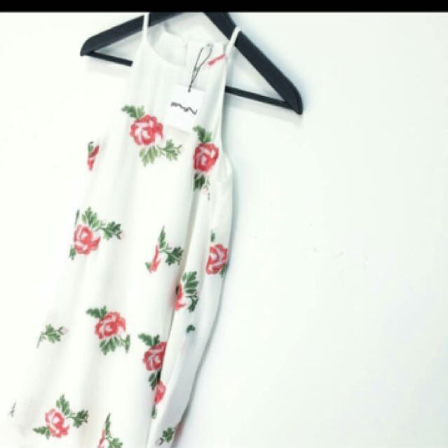 Fyn Label Floral embroidery Trapeze Dress