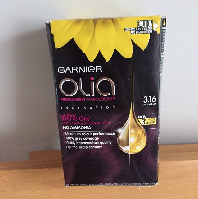 Garnier Olia hair colour / deep violet