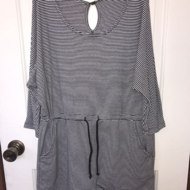 grey lounge in playsuit