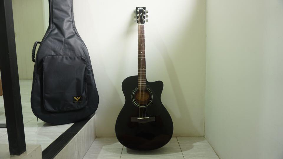 Guitar YAMAHA Gitar Accoustic Black/Matte FS 100 C BL BRAND NEW Limited Edition