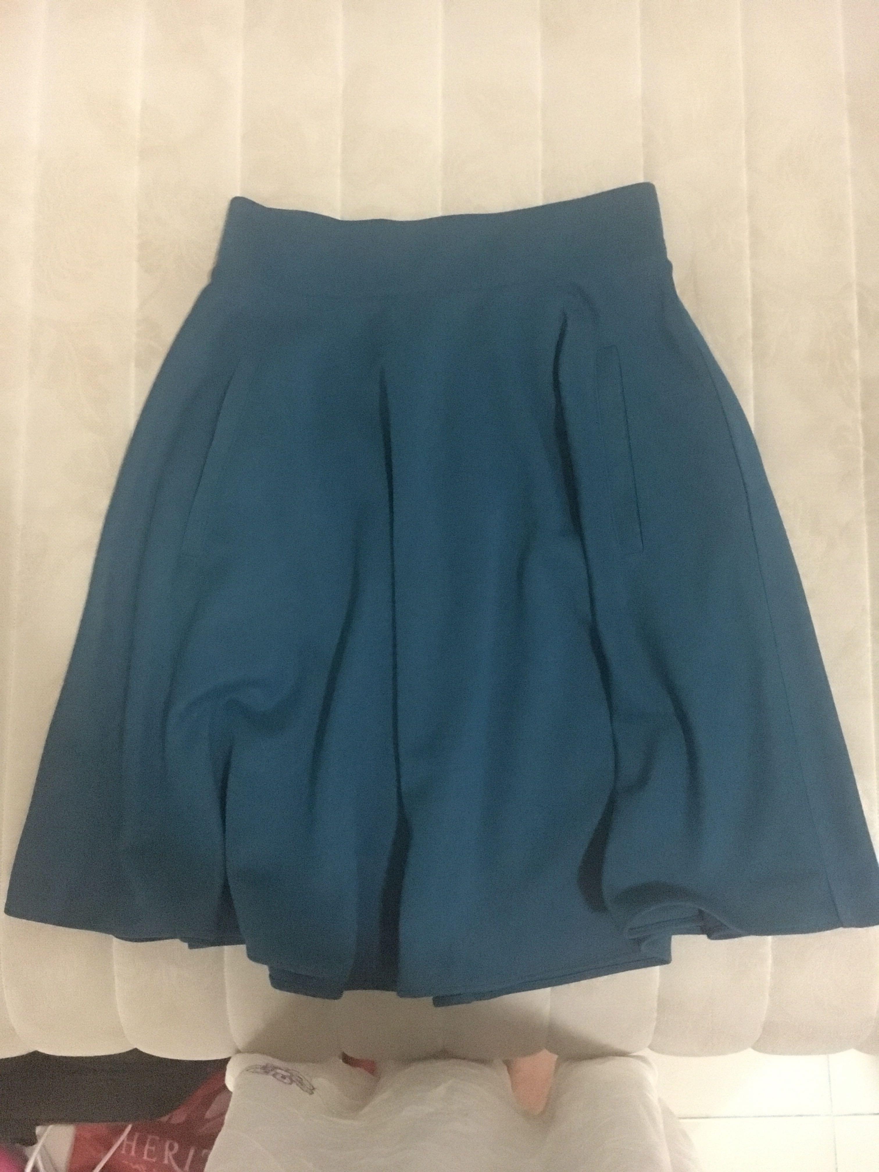 H&M Skirt Tosca