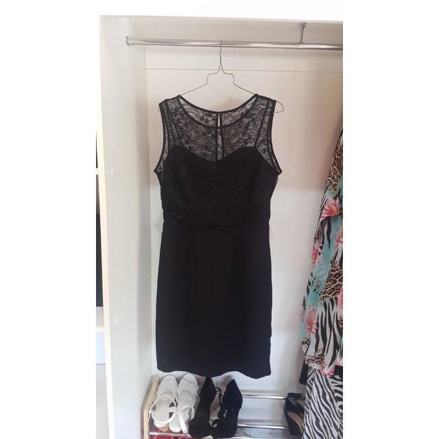 Khoko Dress size 12