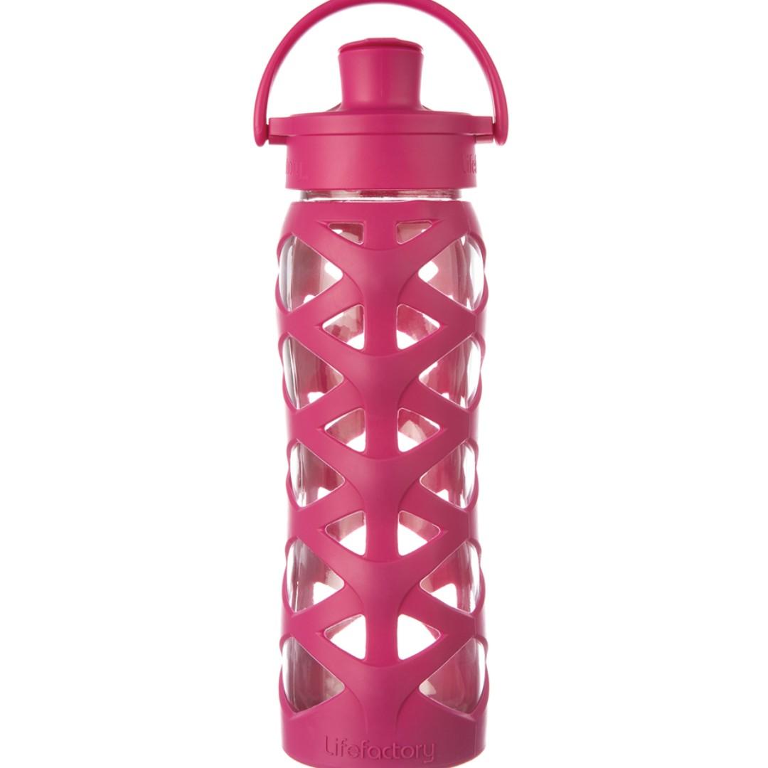 LifeFactory 22 oz Glass Water Bottle Active Flip Cap - Guava